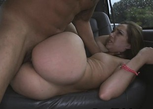 Attracting Brunette Amateur Fucked And Taking Facial In Van