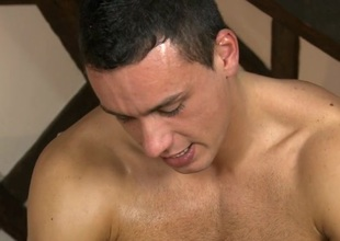 Gay masseur is giving radiate a wild irrumation prizefight