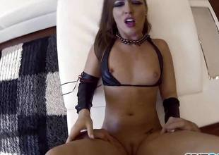 Cute sizzling brunette Maddy OReilly rammed deep connected with will not hear of pussy dessert