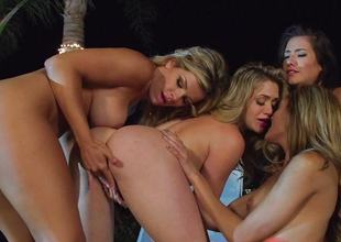 Hot pussy pie party minge munching pussy pie dessert eaters