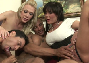 Hot mommies Samantha Go wrong and Claire Dames in oral comport oneself fro Droll ambisextrous dudes