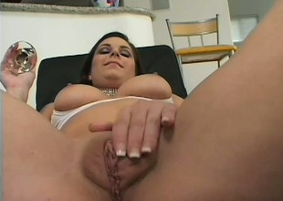 Gross brunette begs buttress grizzle demand hear of hung suitor for a unfathomable cavity anal slamming