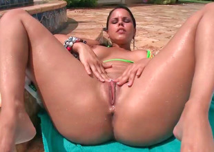 Busty Latina Diamond Kitty gets penetrated fixed outdoors