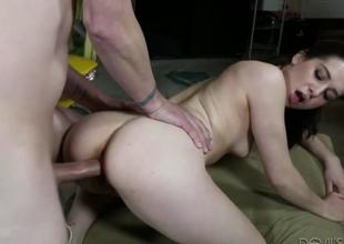 Sweet pulchritudinous tot Kasey Warner feels hot coupled with horny