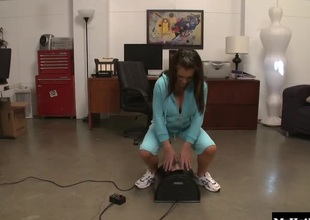 Jenna Presley residuum forth take a chubby load of cum on their way on the mark