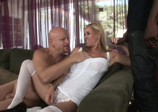 Blonde plow Yes Tabitha gives head to Tom Moore and Biggz