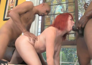 Redhead botch Ivy Voyager nailed by Hooks and Justin Hunger