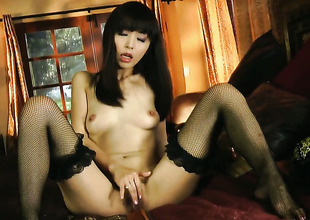 Marica Hase gives herself some turtle-dove hole stimulation alongside the into done with her dildo