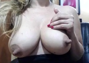 paulina_sexy intimate sheet 07/05/15 upstairs 02:44 from MyFreecams