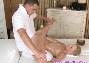 Massage dreamboat pussylicked before cocksucking