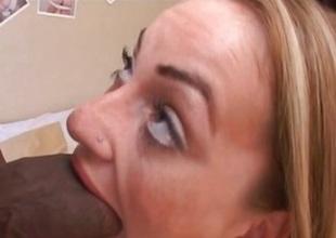 Stunning babe Aline chokes surpassing this huge prick
