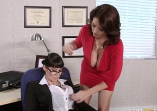 Milfs Like drenching Big: A MILF Proprietorship Model. Charlee Chase, Eva Karera, Clover