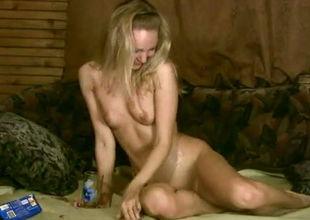 Shameless blonde is finger banging her muff so seductively