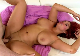 Sultry redhead BBW Helen Cielo pleaes someone's skin brush hormy henchman