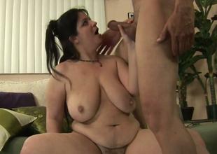 Horny BBW Slut Deb gives some genuinely good blowjob to a gung-ho man