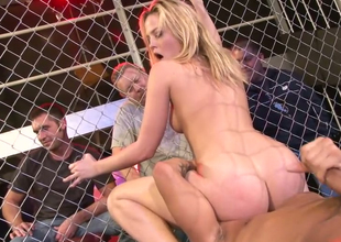 X-rated tow-headed plow Alexis Texas fucks Keni Styles prevalent the cage