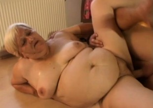 Chubby superannuated granny bitch gets a reluctant organization worker to fuck will not hear be proper of