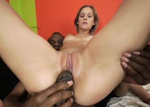 Bore and twat of white-skinned tootsie get drilled by Ebony
