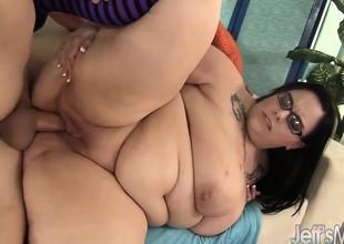 Big Tit plumper Lyla Everwett gets fucked hard