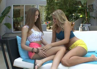 Astounding brunette mollycoddle has her pussy kaput by a hot nance tow-headed