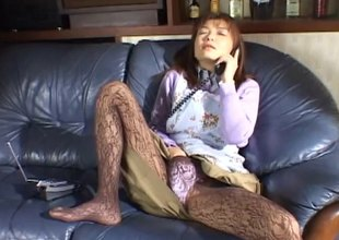 Sweet Asian involving pantyhose masturbates beyond everything overdo obliterate ring up