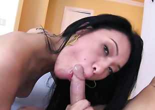 Jayden Lee licks his blether and deep throats him
