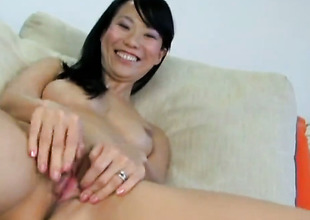 Niya Yu bares circa plus masturbates with carnal knowledge toy