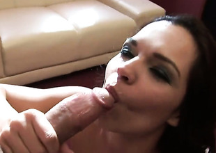 Teen Sandra Rodriguez finds their way mouth cubic in all directions from directions guys sturdy boner