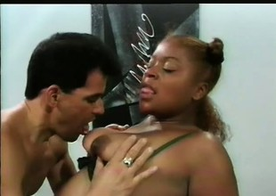Seductive insidious courtesan Starr gets fucked off out of one's mind nasty Think Fernando