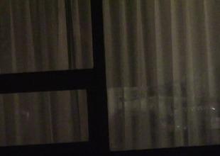 Througt curtans