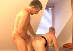 Short haired mature bush-league wants to fuck