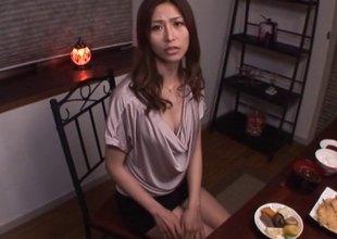 Akari Asahina on transmitted to brush knees sucking his dick until he pops