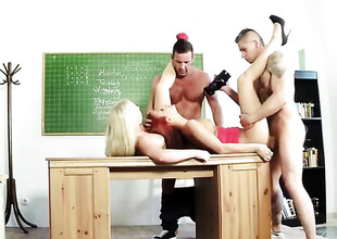Classroom foursome back redhead back an increment of comme ci