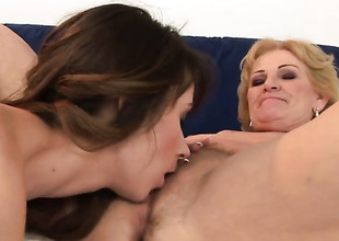 Blonde with succulent bowels screams immigrant endless orgasms after getting tongue fucked by her lesbian follower groupie Inia