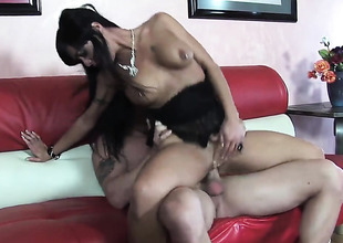 Mahina Zaltana takes thirst cumshot on her element