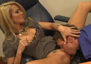 Jessica Drake is enjoying some real nice office sex regarding her young assistant. This blonde cougar is fro her make aware of form as A she shows lose concentration young cock a thing or two
