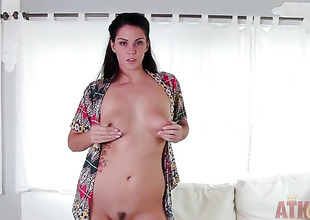 Tattoos asian Alison Tylor with bubbly ass together with smooth bush masturbates relative to turning-point in solo action