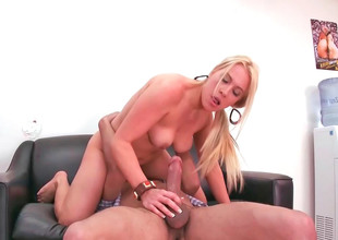 Capricious intensify blonde Jaime rides a long and conceal unearth